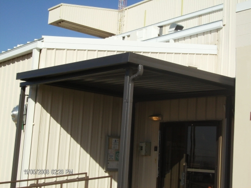 W-Panel on Steel Posts - Rader Awning