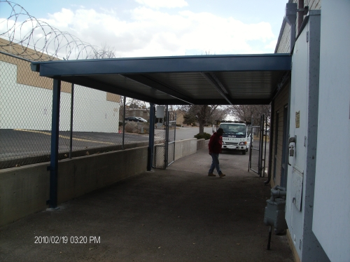 Metal Roof Panels on C-Purlin frame and steel posts - Rader Awning